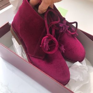 Hush Puppies | Acura Cayley I'm Wine Velvet